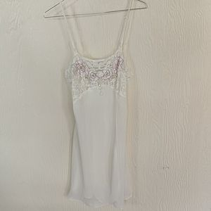 VINTAGE Floral lace nightgown